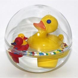 Играчка за баня, Патета в сфера с вода