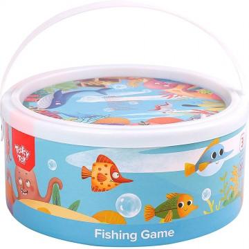 На лов за рибки - дървен риболов в кръгла кутия